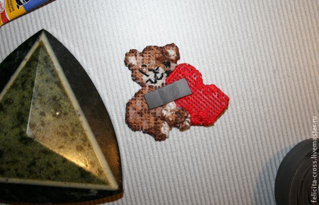 Магнит Мишка с сердечком