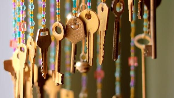Музыка ветра из старых ключей